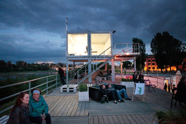 Shipping Containers for Community: KontenerART 2012 in main architecture  Category