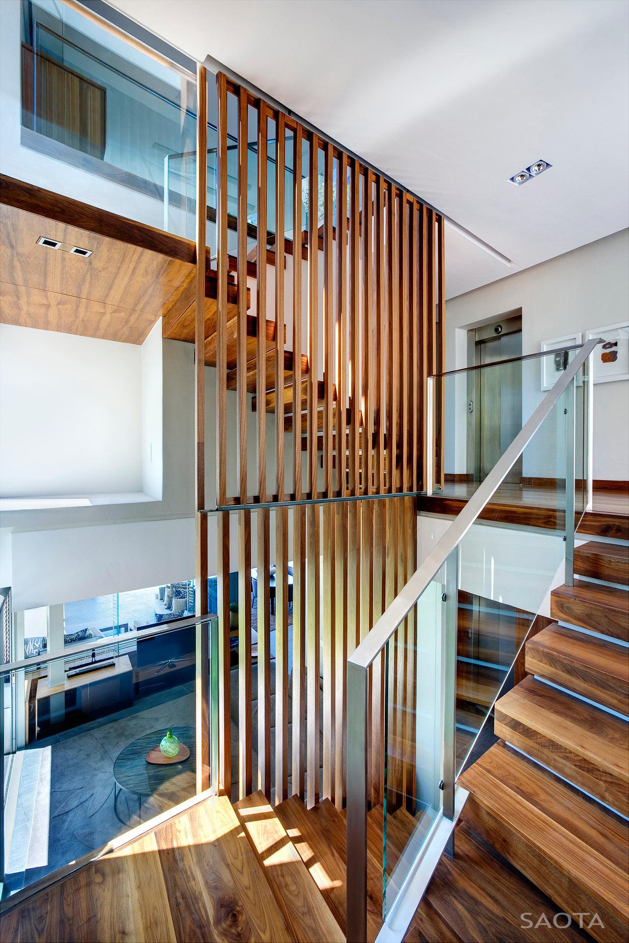 SAOTA-H1816-House-12-Stair