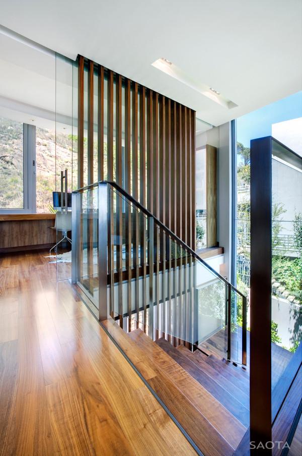 SAOTA-H1816-House-14-Stair