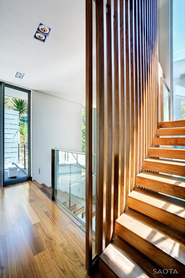 SAOTA-H1816-House-16-Stair