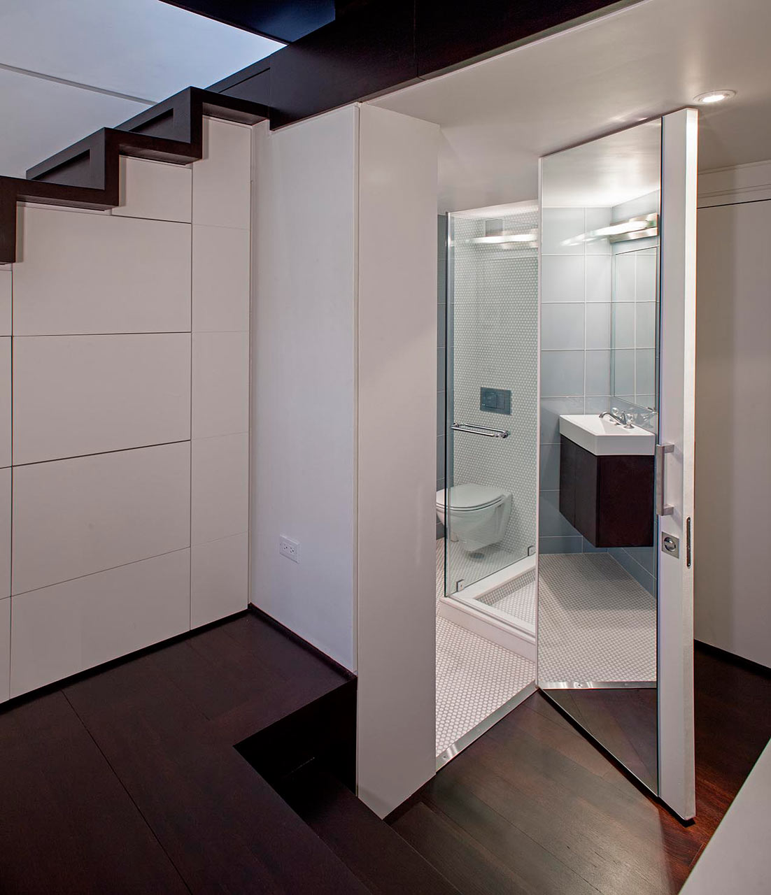 Specht-Harpman-Micro-Loft-3-bath