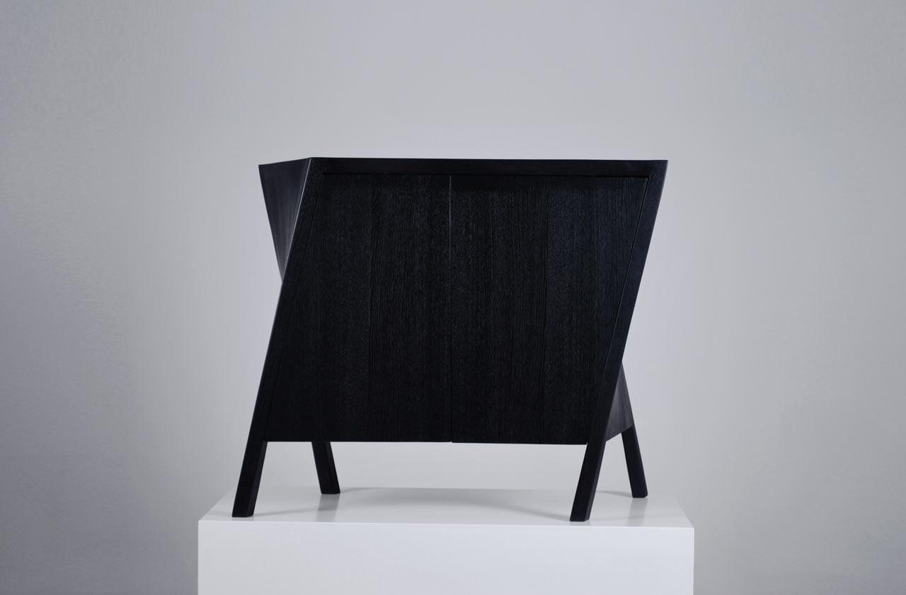 Walking-Cabinet-Markus-Johansson-3