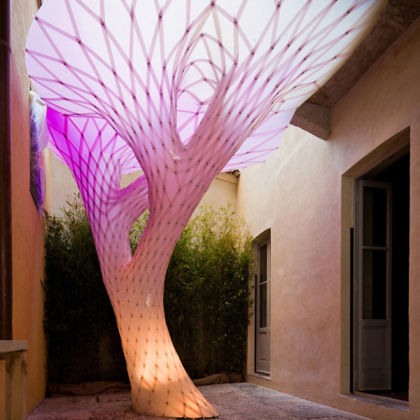 color-changing-art-installation-architecture