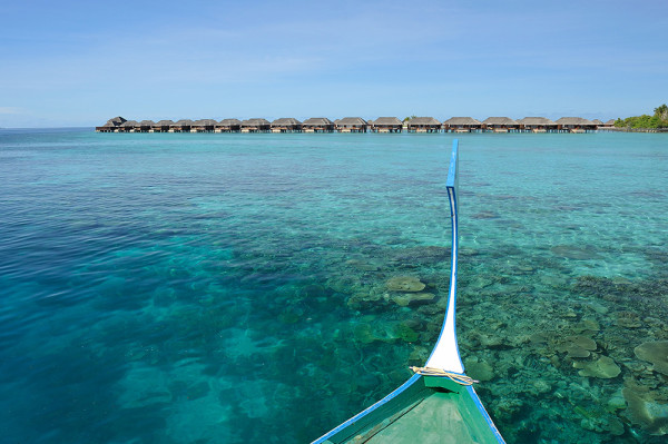 dest-ayada-maldives-huts-overview