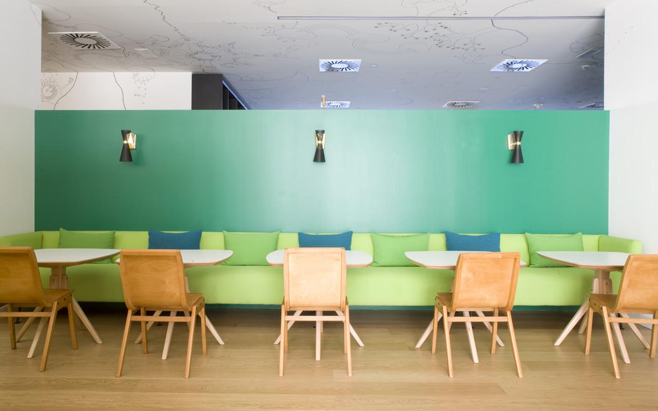destination-hotel-bit-green-banquette