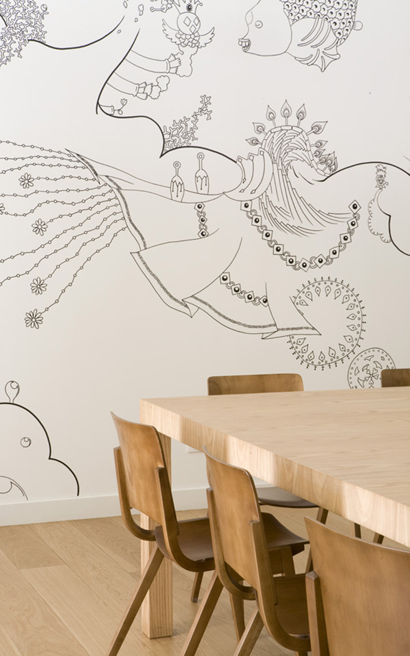 destination-hotel-bit-wood-dining-table-fish-mural