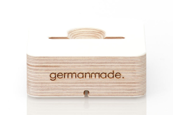 iphone-5-dock-wooden-white