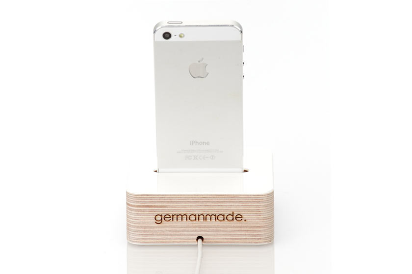 iphone-5-dock-wooden-white-back