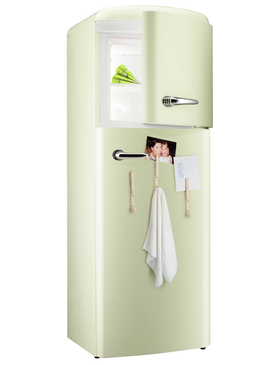 jpegs-j-clothespin-hooks-fridge