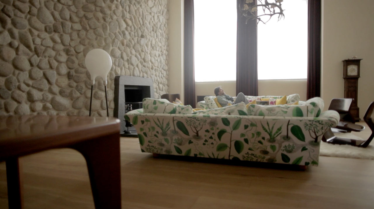 mark-newson-london-home-couch