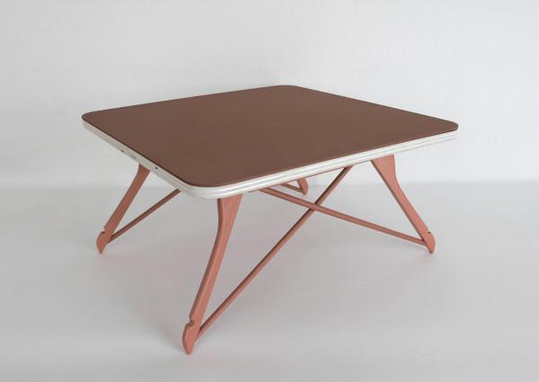 Hanger table