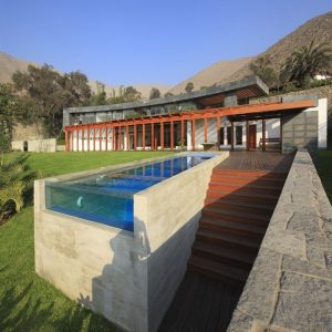 12 Modern Pools That Make a Big Splash