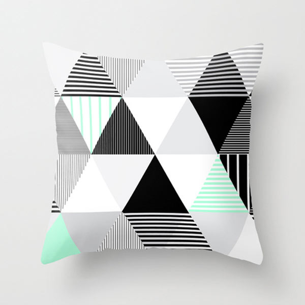 s6-triangle-pattern-pillow
