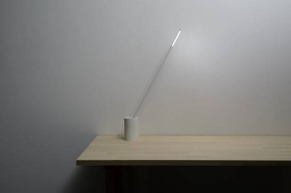 straw-inspired-lamp-desk-design-soil