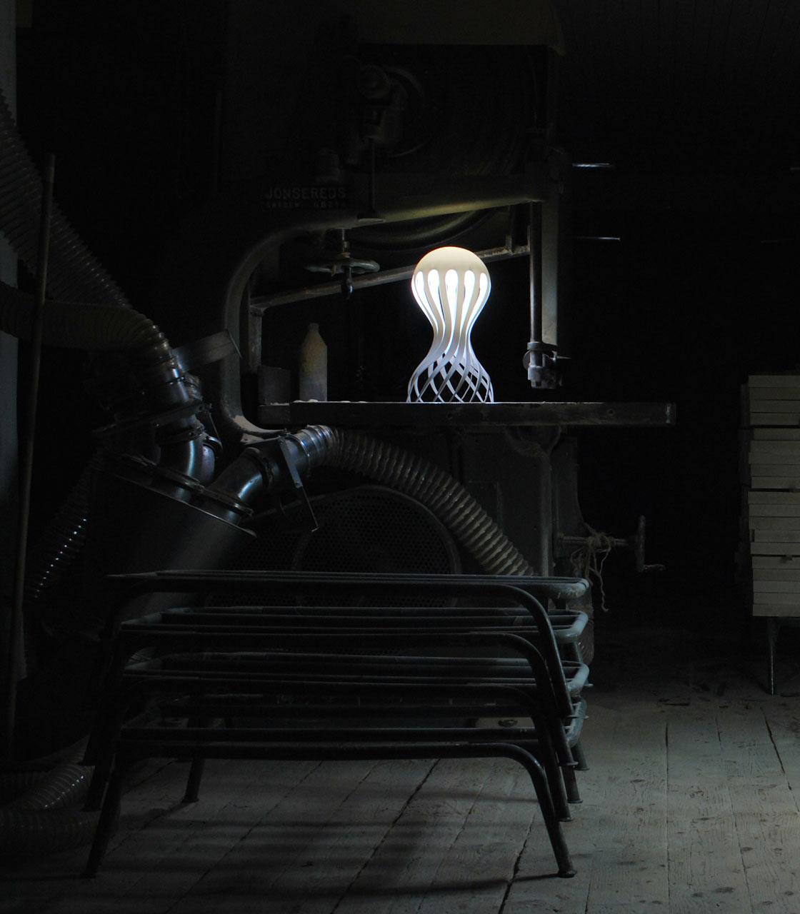 Cirrata-Lamp-Markus-Johansson-4