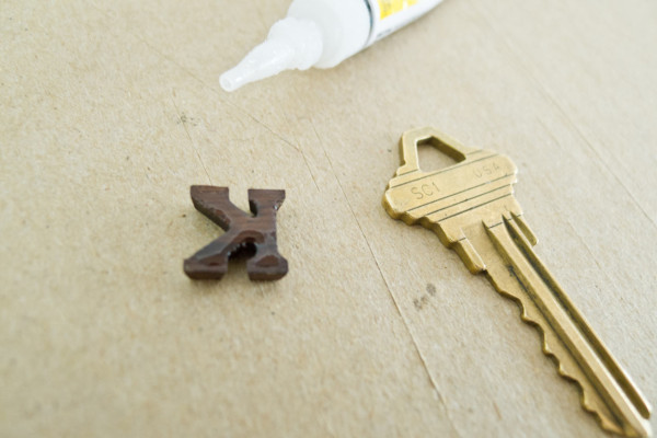 DIY Plasti Dip Key Toppers