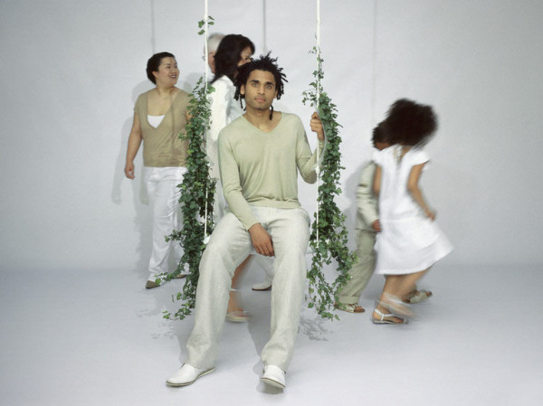 Droog-Swing-with-the-plants-Marcel-Wanders-2