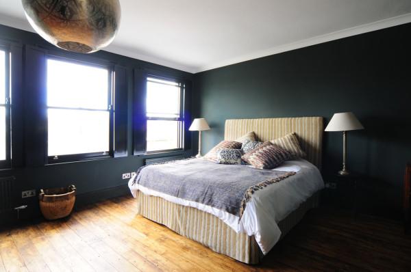 HomeMade-Bureau-de-Change-10-guest-bedroom