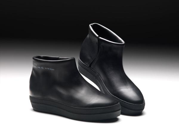 Jean-Nouvel-Ruco-Pure-Capsule-3-black