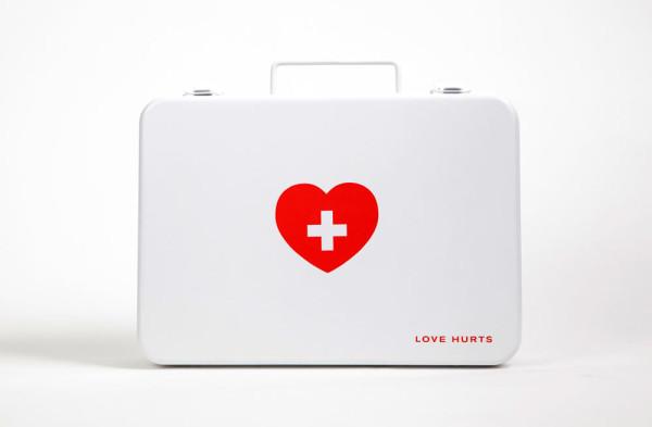 Love-Hurts-Melanie-Chernock-2