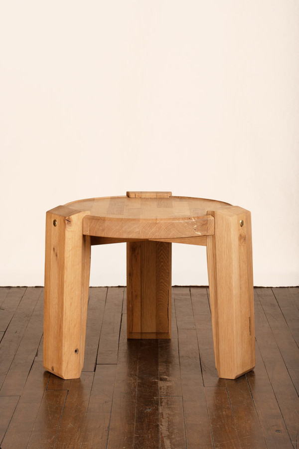Roman-Williams-MatterMade-6-Hub-Table
