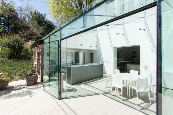 The-Glass-House-AR-Design-Studio-3