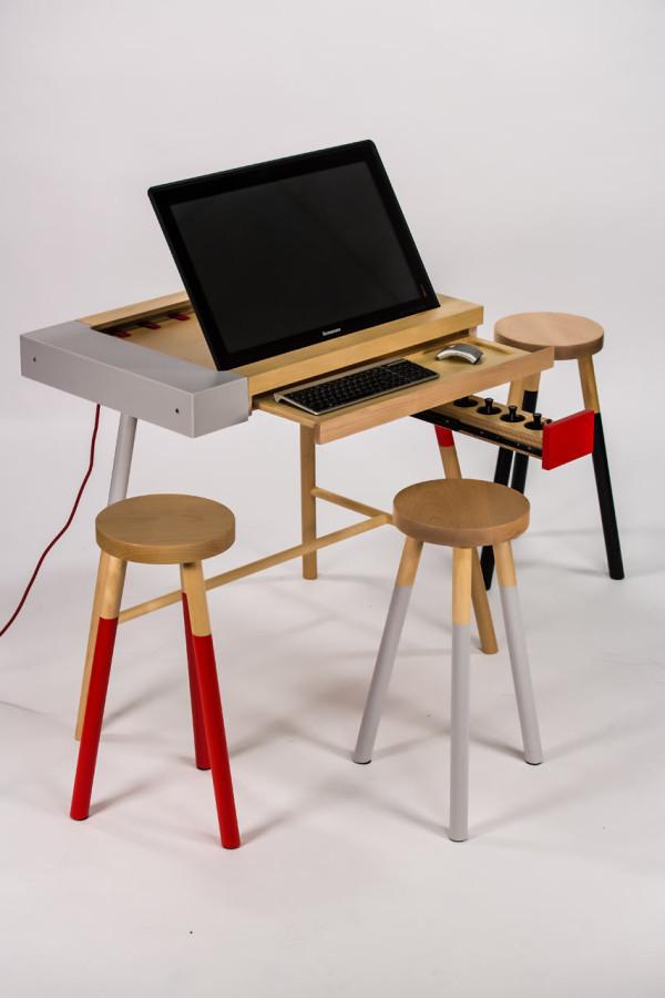 UM-project-lenovo-table-desk-concept