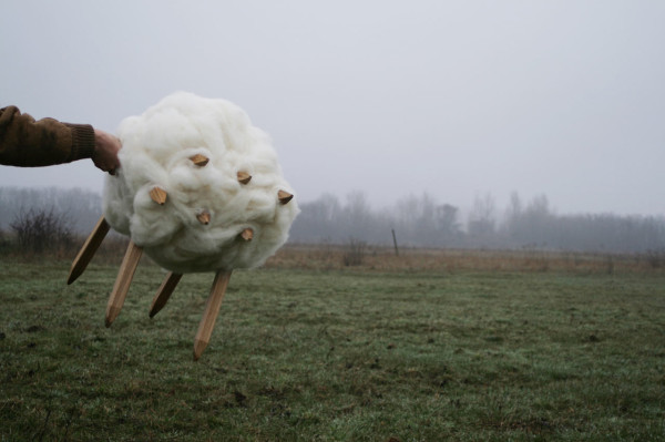 WOOL-Chair-Architecture-Uncomfortable-8