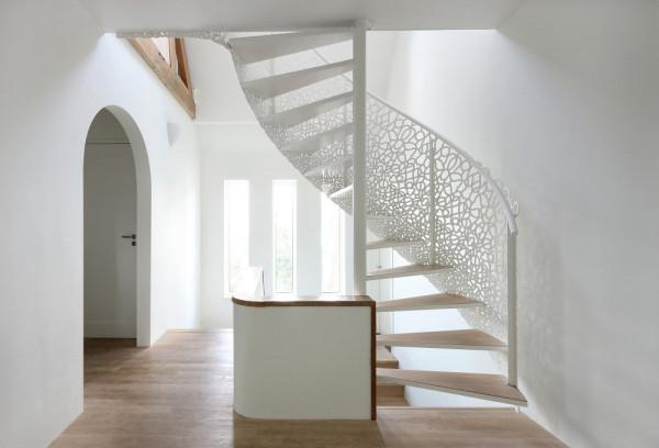 house-n-maxwan-modern-staircase-lattice-0