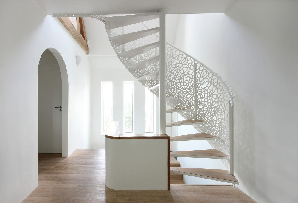 house-n-maxwan-modern-staircase-lattice-0