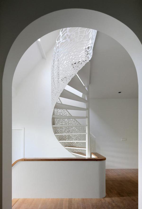 house-n-maxwan-modern-staircase-lattice-2
