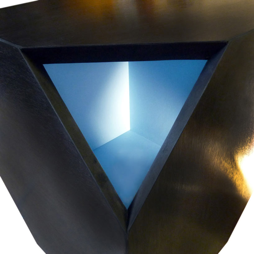 huxhux-design-nugget-hollow-modern-table-light