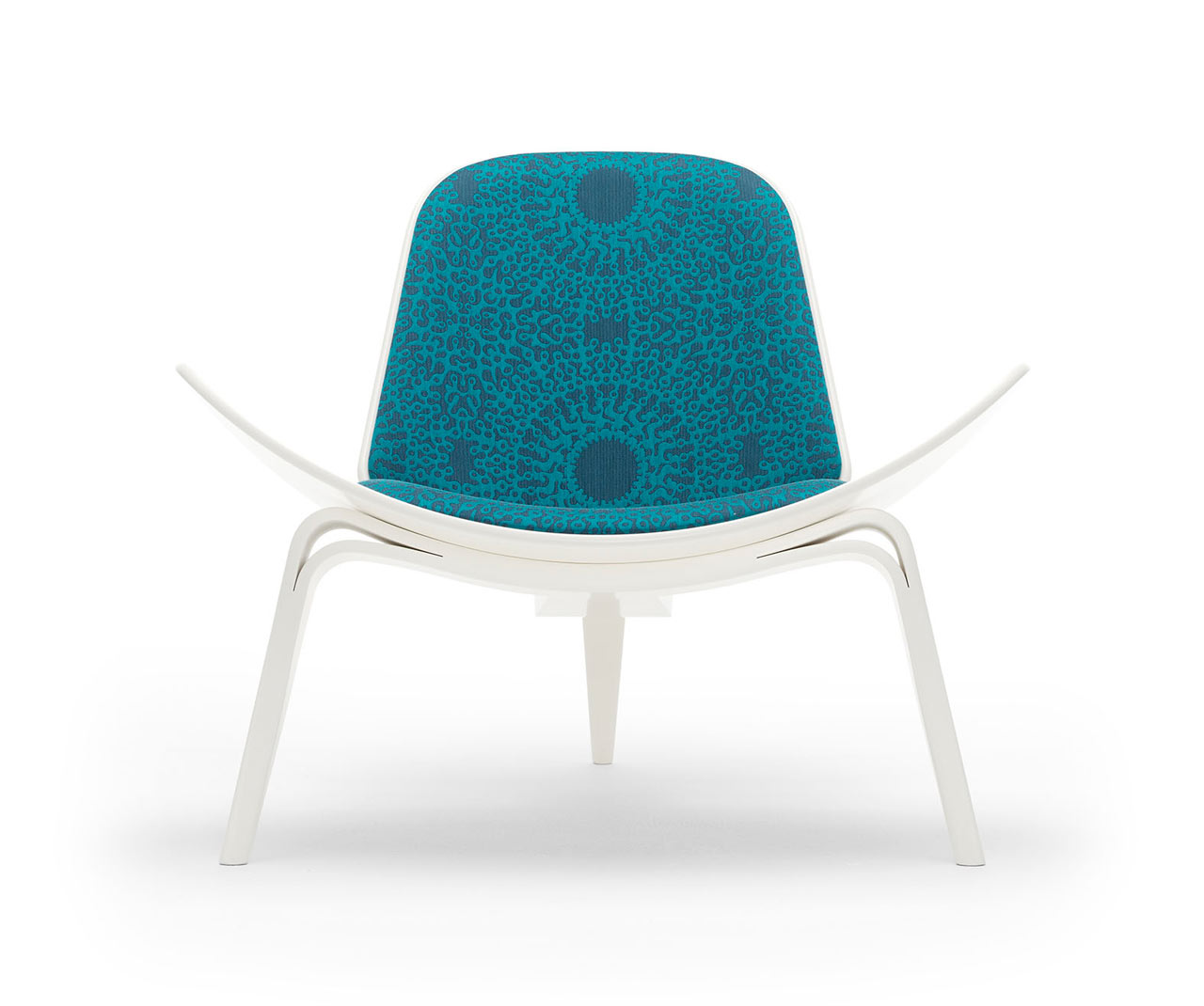 maharam-shell-chair-Centric