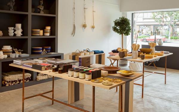 storey-garde-interior-tables