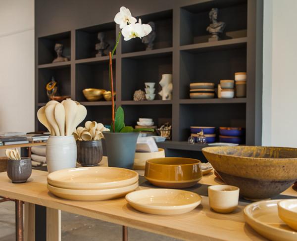 storey-garde-tabletop-items