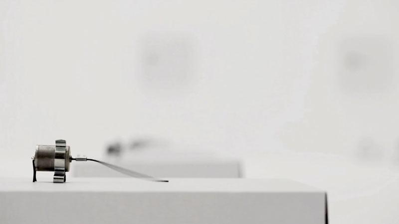 zimoun-wire-cardboard-installation-closeup