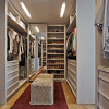 Apartment-LA-David-Guerra-15-closet