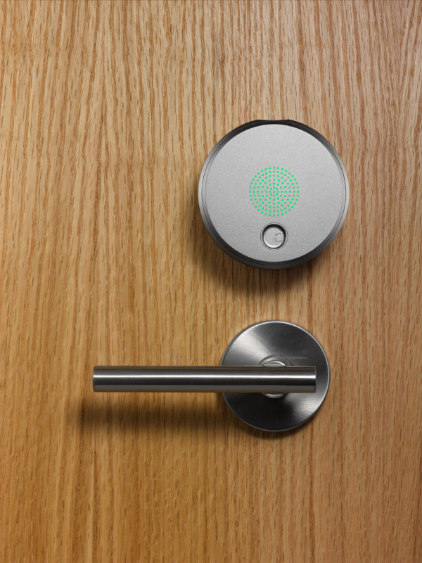 August Smart Lock Turns Your Phone Into House Keys in technology main home furnishings  Category