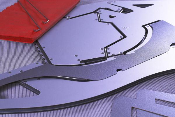 Decon-Folditure-12-laminate