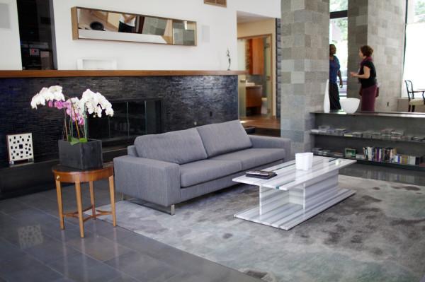 DoD-East-Kim-Residence-7-living-room