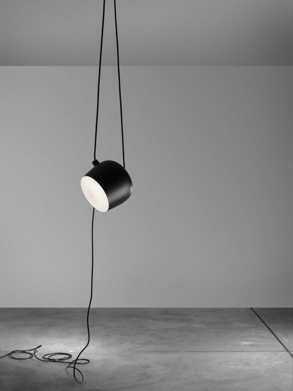 Flos-AIM_Bouroullec-3-black-single