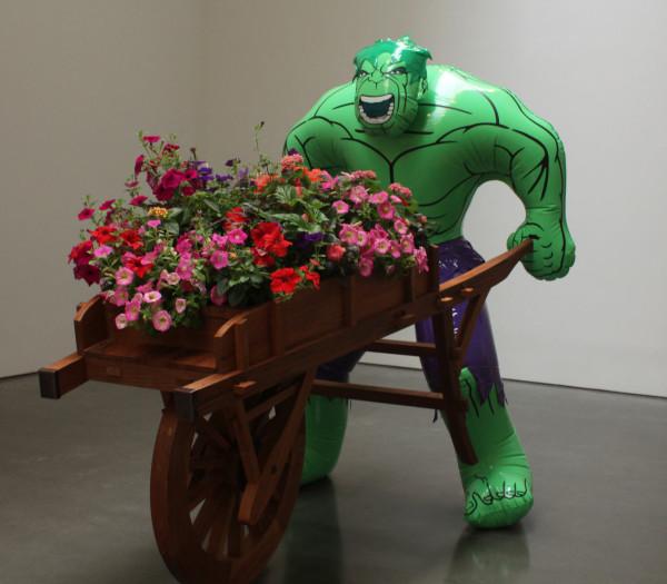 "JEFF KOONS ""Hulk (Wheelbarrow)"" 2004-2013. Polychromed bronze, mixed media and live flowering plants. © Jeff Koons. Courtesy Gagosian Gallery."