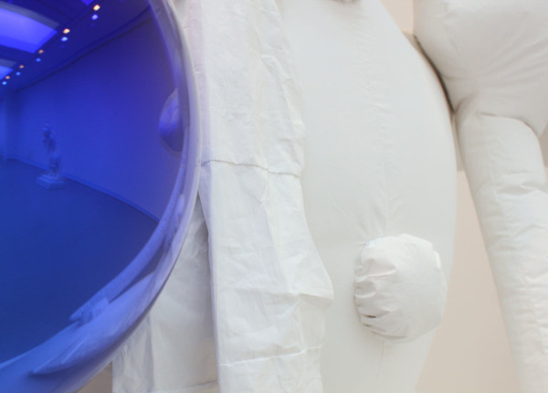 "Jeff Koons ""Gazing Ball (Snowman)""  (detail) © Jeff Koons. Courtesy David Zwirner Gallery"