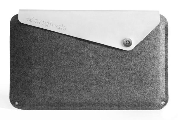 Macbook-Air-11-white-sleeve-mujjo-the-originals