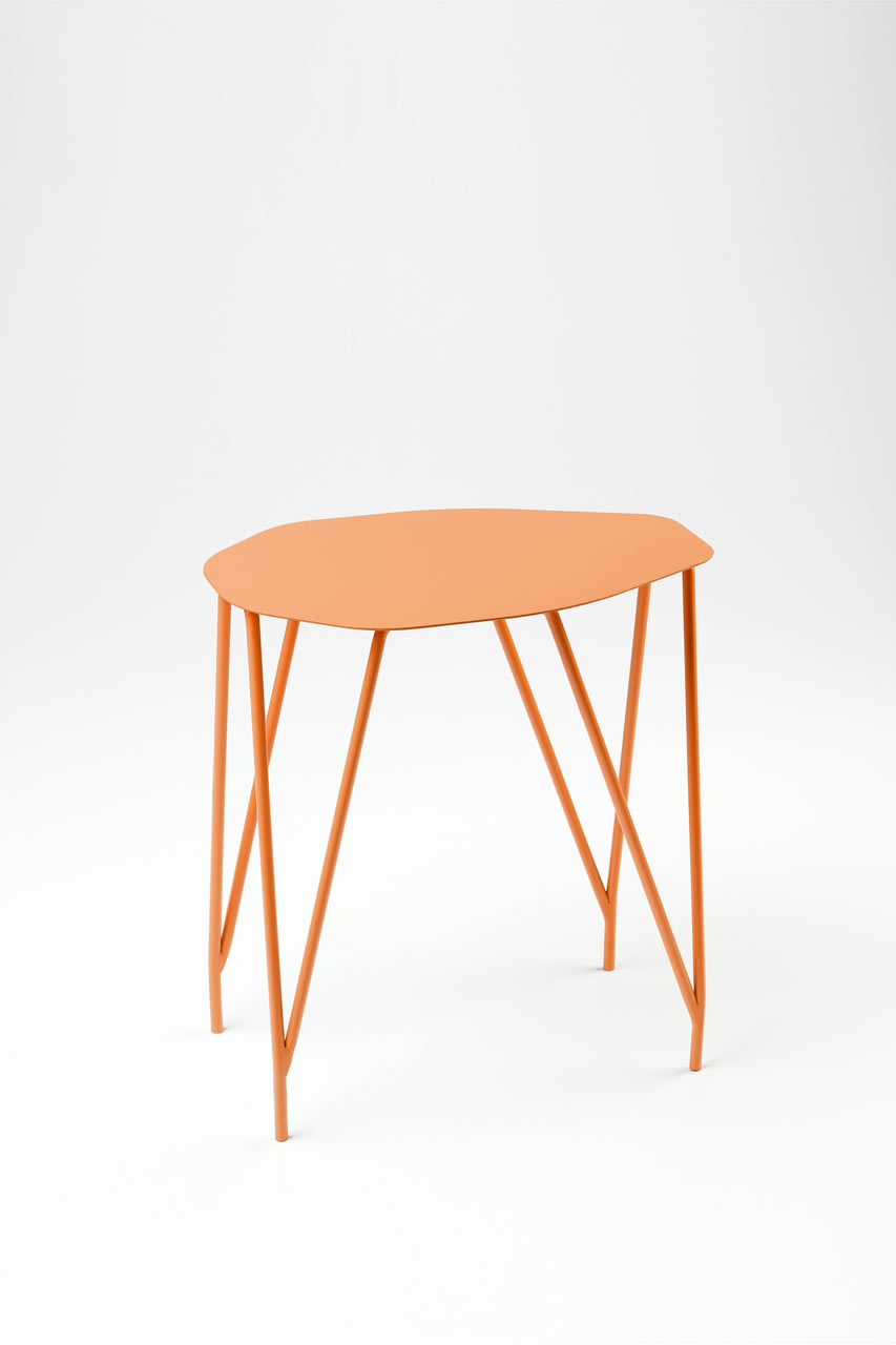 NVDRS-Gergeti-modern-coffee-table-design