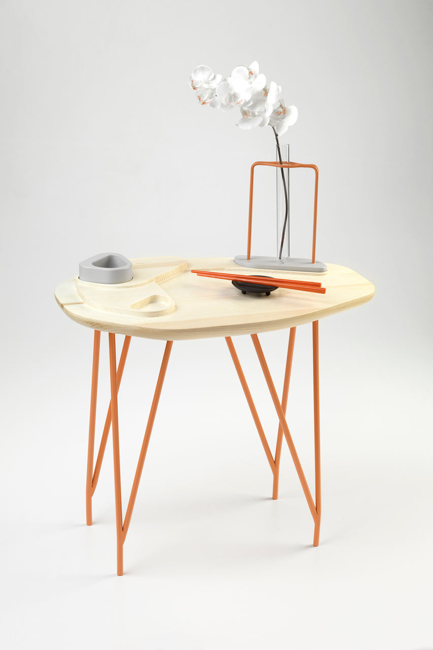 NVDRS-Gergeti-modern-coffee-table-staged