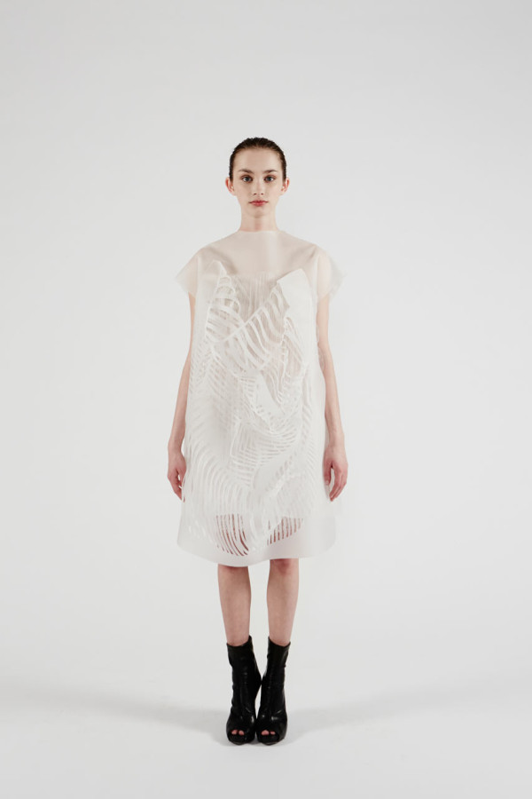 (NO)WHERE (NOW)HERE: Interactive Dresses by Ying Gao in technology style fashion main  Category