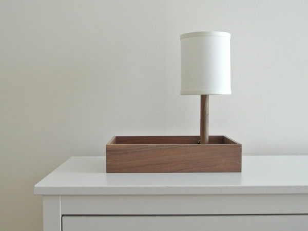 Perch-Lamp_Walnut-Cream_Context