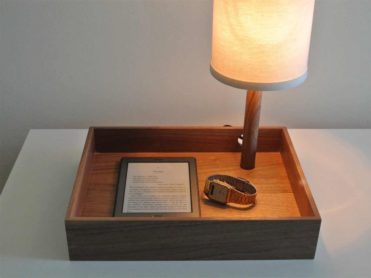 Perch-Lamp_Walnut-Cream_Detail