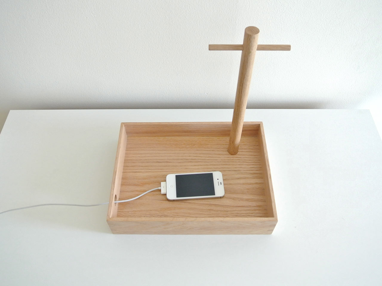 Perch-Tray_Oak-Cream_Context